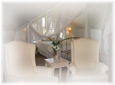 A romantic honeymoon package awaits you!  Www.theredhorseinn.com