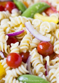 Delicious and EASY pasta salad. A dish the whole family will love!