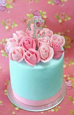 <3 pretty cakes