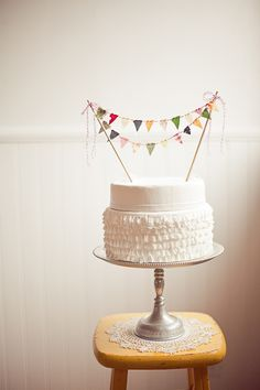Ruffle cake AND cake bunting!