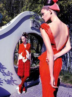 La Vie en Pose: Orient Express by Troyt Coburn