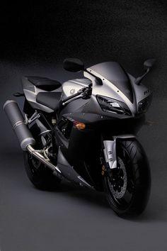 Yamaha YZF-R1.
