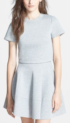 This boxy crop top is a great layering piece for the fall wardrobe.