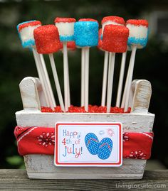Free Printable Fourth of July Tags & Easy Marshmallow pops. Yum!
