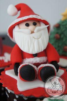 @KatieSheaDesign  ❥ ♡❤♥  #Christmas #Cupcakes ❤♡♥  Merry Christmas!