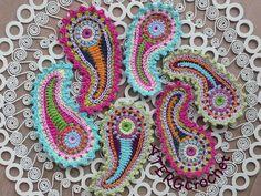 Crochet pattern paisley