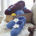 Cozy Slippers free craft, crocheted slippers, free pattern, crochet projects, crochet slippers, slipper pattern, crochet patterns, cosi crochet, christmas gifts