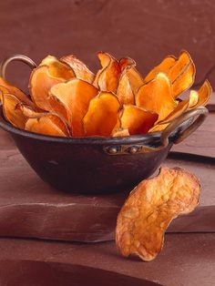 Will it work? Find out today on Fox8 at 4 PM.  Microwavable sweet potato chips —only 40 calories a serving!