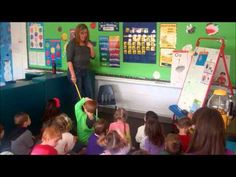 ▶ Preschool Circle Time - YouTube A really good morning meeting..stealing some ideas