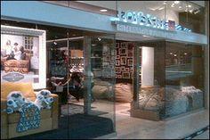 Scottsdale Fashion Square 7014 East Camelback Road Scottsdale, AZ 85251 (480) 947-2032 Mon - Sat: 10 AM - 9 PM; Sun: 11 AM - 6 PM