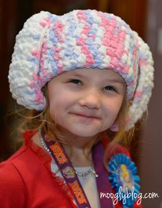 One Hour Crochet Bunny Hat - free pattern that works up crazy fast! #crochet