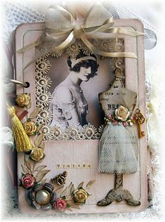 I love the soft hues and timeless appeal of this vintage themed mini album. #vintage #mini #album #scrapbooking #paper #crafting #crafts #shabby #chic