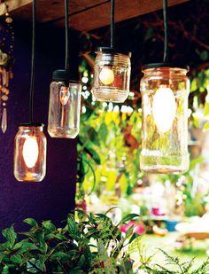vidros de conserva transformados em luminárias