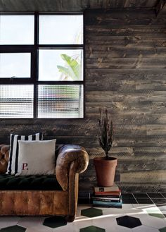 Wood paneling versus soft leather couches at the Palihotel Melrose Hotel #hotel #travel