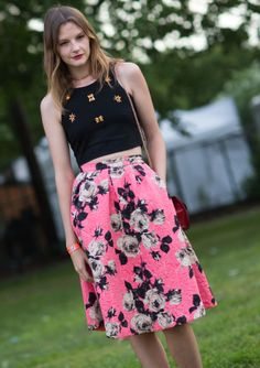 Love this bright, floral skirt.