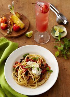 Veggies, Pasta & Punch, Oh My! #pasta #partypunch #veggies