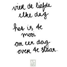 Vier de liefde elke dag het is te mooi om een dag over te slaan. #quotevandeaandachtgever www.metaandacht.nu