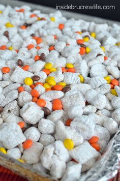 Reese's Peanut Butter Cup Puppy Chow - Chex and Reese's Puffs cereal coated in peanut butter chocolate and tossed with two kinds of Reese's candy!! Oh yes!!