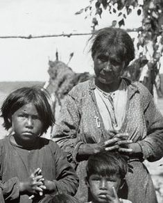 Ojibwa woman with her children