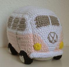 free pattern : Volkswagen Van by Epsiej