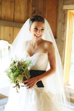 Oscar De La Renta Gown. love the black sash and sweetheart neckline.