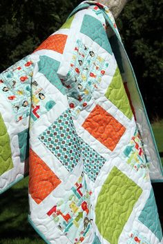 Cutting Corners: Zoo Dwellers Quilt Tutorial