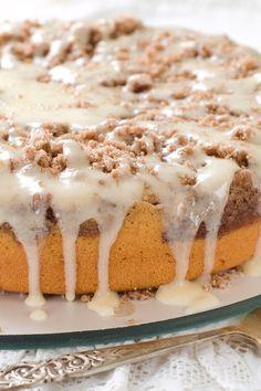 dessert recipes, mapl glaze, cake desserts, coffee cake recipes, coffee cakes recipes, brunch, coffe recipes, coffe cake, sour cream coffee cake recipe