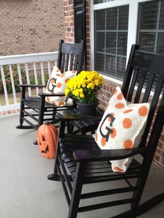 10 DIY Burlap Fall Decorations We have these rocking chairs! What a cute idea for our porch!