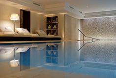 jilllsays:    Indoor pools >