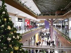 Christmas Shopping in Athens