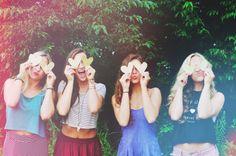 Senior Picture Ideas for Girls | Follow my SENIOR GIRLS Board at www.pinterest.com/jilllevenhagen | Best Friend Session, Group Girls Poses, Senior Pictures Girl, Light Leaks, Burn Shadows, Fun Pose