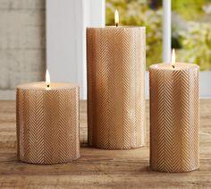 Gold herringbone candles.