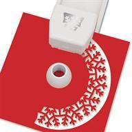 Craft your own Winter Wonderland with Martha Stewart Crafts Starry Snowflake Circle Edge Punch! #marthastewartcrafts