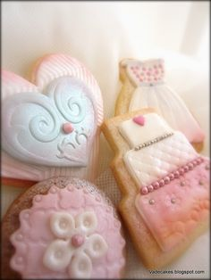Wedding Cookies by Vadecakes