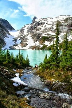 Beautiful Jade Lake in the Necklace Valley, Alpine Lakes Wilderness,WA.