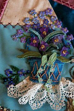 silk ribbon embroidery - beautiful work ******************************************** (repin) #ribbonwork #embroidery