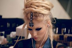 How come Chanel can make crazy headpieces look cool? (Backstage shots)