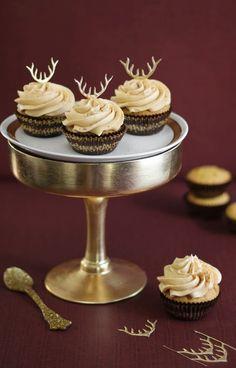 Pumpkin butterscotch chip antler cupcakes Desserts, Cupcakesyummi Cupcakes, Pumpkins Butterscotch, Food, Holiday Cupcakes, Chips Cupcakes, Cupcakes Rosa-Choqu, Antlers And Pumpkins, Butterscotch Chips