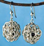 Free chain maille earring pattern