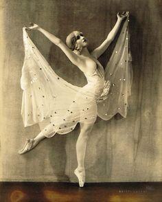Patricia Bowman by Soichi Sunami, 1932
