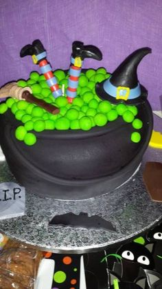 Cake at a Halloween Party #Halloween #party