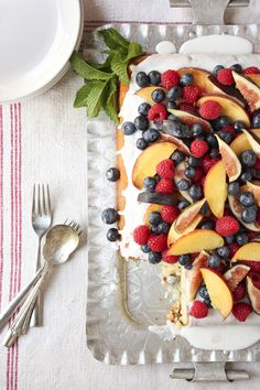 vanilla cake with summer fruit