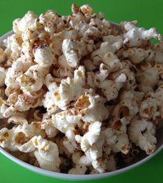 Chocolate Cinnamon Air Popped Popcorn - A sweet and salty whole grain snack that everyone will love.