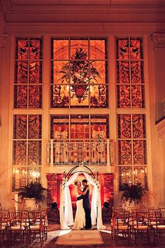 Florida wedding venue: The Ballroom at Church Street in downtown Orlando | Photo: Misty Miotto