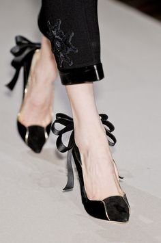 Aquilano.Rimondi, Fall 2012 #mfw #runway #details #shoes