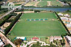 SANTA MARIA POLO CLUB - CANCHAS RÍO SOTOGRANDE (CANCHAS I Y II)  En estas canchas se disputan partidos de alto y mediano handicap del Torneo Internacional de Verano, así como otros torneos de invierno y primavera.
