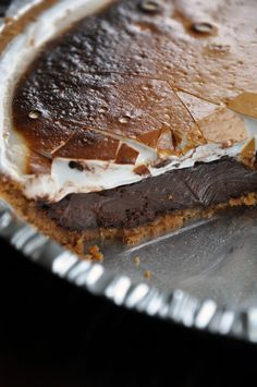 Oh my goodness, yes, yes, yes! :) S'mores Pie! #food #cooking #baking #dessert #pie #smores