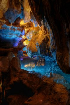 Ruby Falls cave, Tennessee