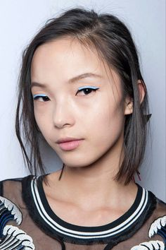 Bleached Eyebrows, Leather Liner & More Daring Trends To Try   The Zoe Report