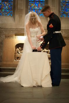 Unity Cross Our Marine Corps wedding went seamlessly in December of 2013! Here are some of my favorite wedding poses with my husband in his dress blues!